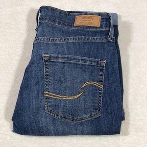 Levi's signature modern skinny shorts size 6 28